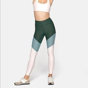 NEW! Outdoor Voices. 7/8 Springs Leggings